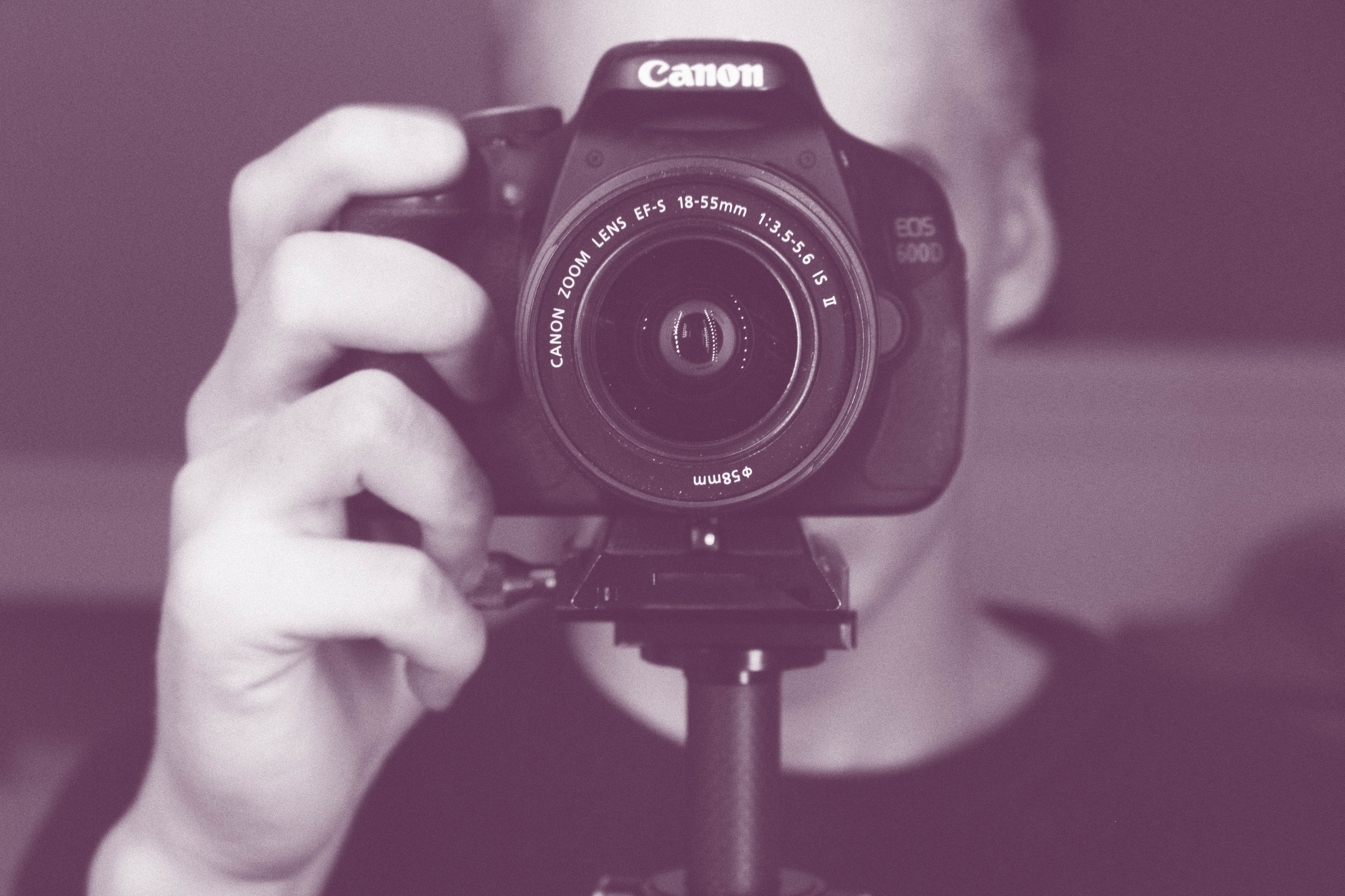 The Importance of Promoting with Pictures in Affiliate Marketing